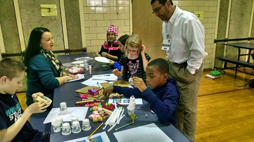 Worthington students work on STEM projects